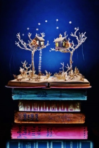 su-blackwell_book-sculpture1